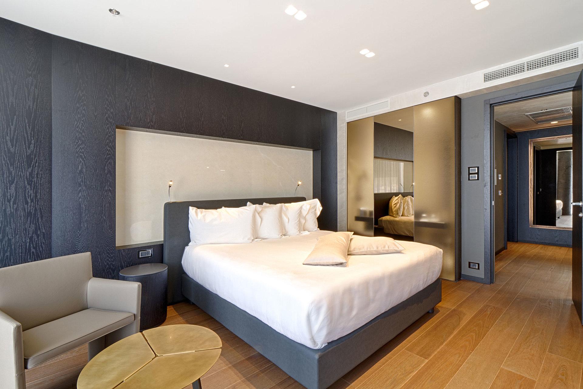 Rooms Albania Maritim Hotel Plaza Tirana