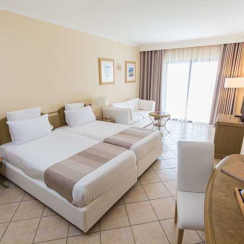 Suite Junior | Maritim Antonine Hotel & Spa Malta